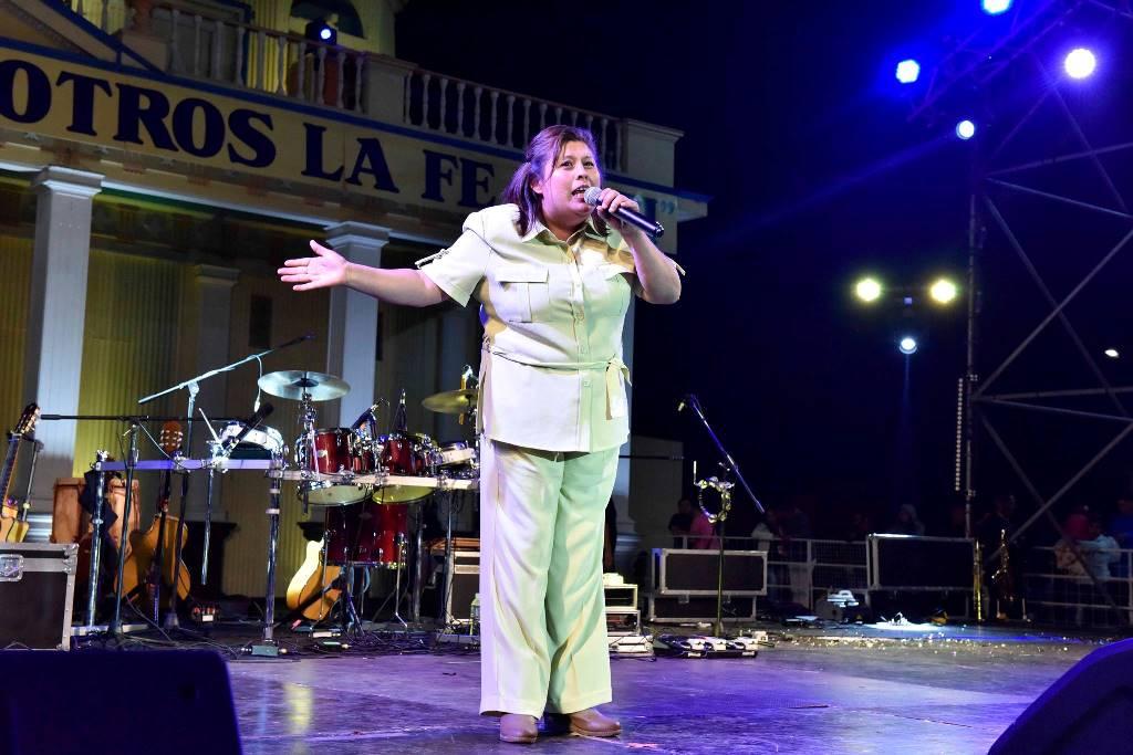 Ganadora del festival, Angélica Corrales